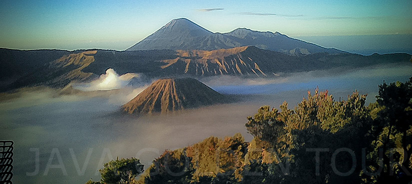 image-photo-sunrise-bromo-1-java-golden-tour