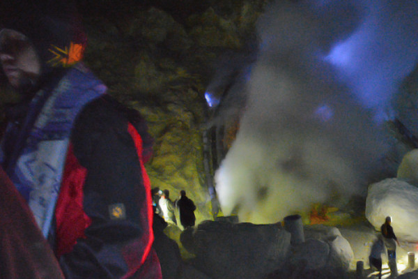 ijen blue flame tour