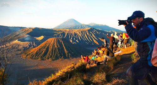 picture - mount bromo ijen tour