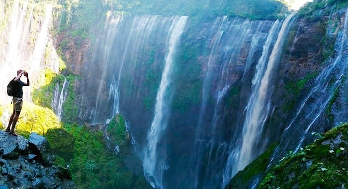 Tumpak sewu waterfall tour 5
